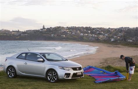 Kia Forte Australia Kia Cerato Koup Shows Up In Australia Kia News