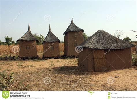 hutte nomade hutte africaine photo libre de droits image 9773345
