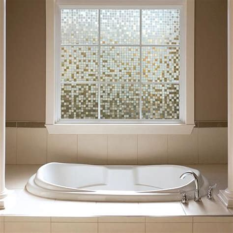 badezimmer privacy glas 25 best ideas about bathroom window privacy on