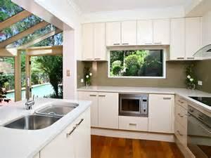 pics photos shaped kitchen design l shaped kitchen design advantages shaped kitchen designs small l shaped kitchen designs and kitchen