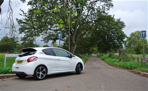 peugeot 208 gti white peugeot 208 gti white related keywords suggestions