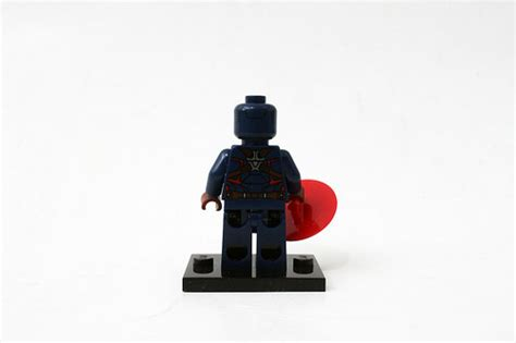 Lego 30447 Captain Amerika lego marvel heroes civil war captain america s motorcycle 30447 polybag review the
