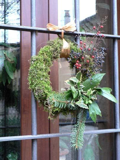 decorazioni natalizie porta ingresso centrotavola e addobbi di natale fai da te con ci 242 che