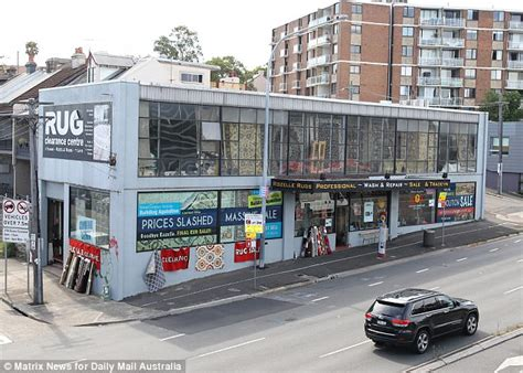 Rugs Rozelle by Rug Store Closing For A Decade Finally Shuts Up Shop