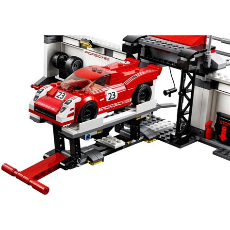lego porsche 919 lego 75876 porsche 919 hybrid and 917k pit lego