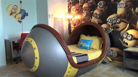 Lazy Boy Bedroom minion suite detailed tour at loews portofino bay hotel