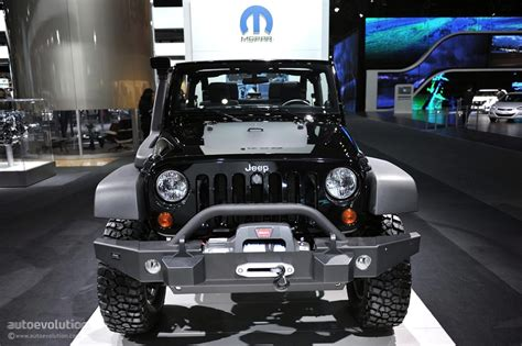 cod jeep black ops edition 2011 naias jeep wrangler call of duty black ops edition
