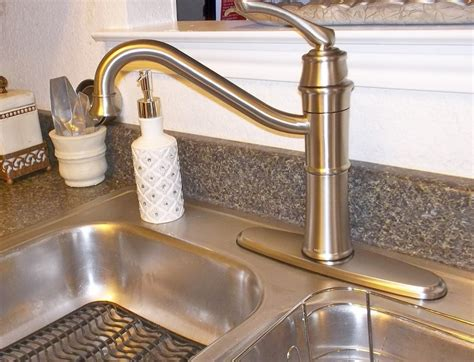 picture of kitchen faucets laluz nyc american standard