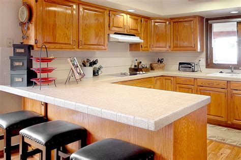 Can Corian Countertops Be Refinished can bathtubs and kitchen countertops be refinished miracle method surface refinishing