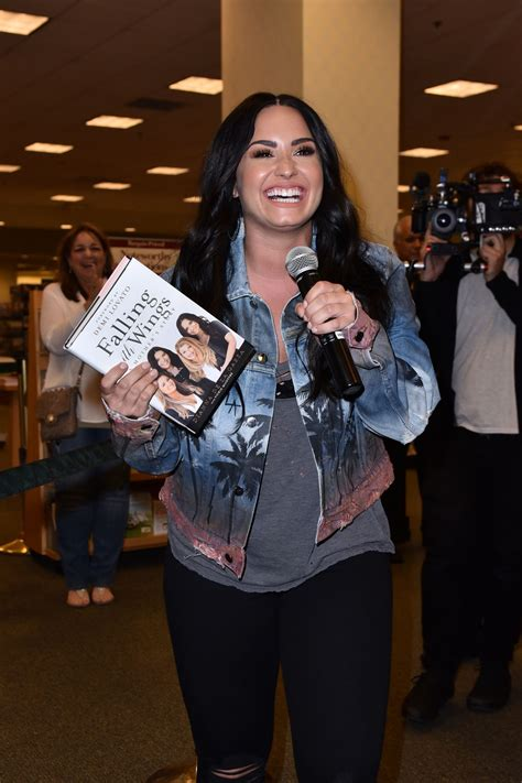 book of demi lovato demi lovato book signing of her mother s new book in la