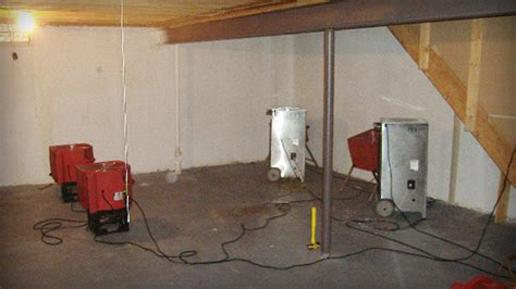 5 methods to get rid of basement flooding issues