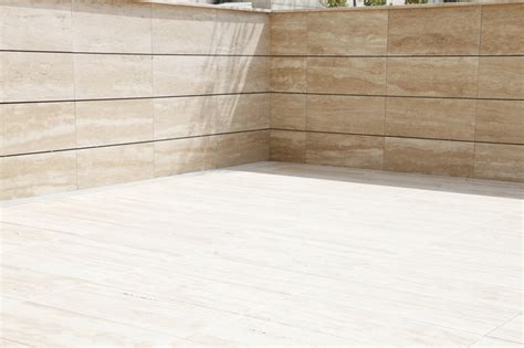 travertine walls outdoor veincut travertine wall and veincut tiles