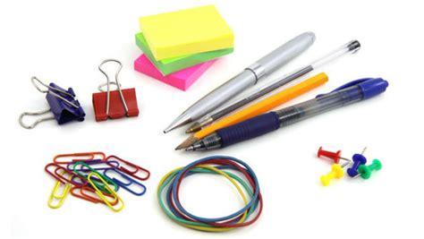 imagenes de niños y utiles escolares siga estos consejos para ahorrar dinero en la compra de