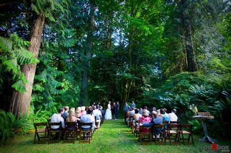 5 Awesome Wedding by 5 Unique Wedding Venues