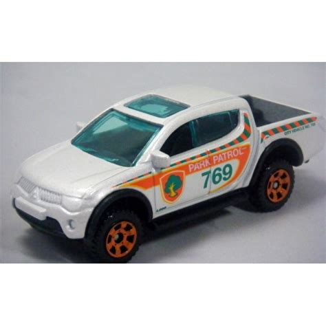 matchbox mitsubishi matchbox mitsubishi l200 warrior truck global