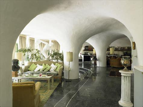 design innovations in underground homes david report
