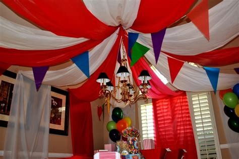 circus themed baby shower decorations circus themed baby shower decor baby baby shower