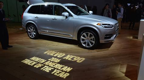 volvo truck of the year 2016 2016 detroit auto volvo xc90 takes