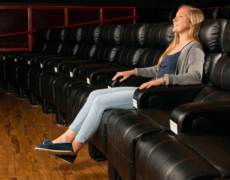 movie theatre recliner paragon theaters recliners
