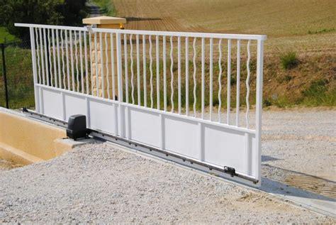 motorisation portail coulissant solaire 1116 motorisation de portail guide d achat et informations