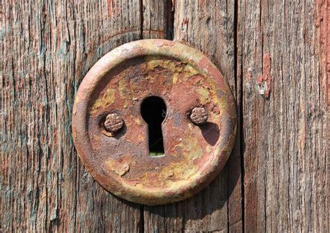 keyhole doorway keyhole of old door stock photo 169 pklimenko 2809745