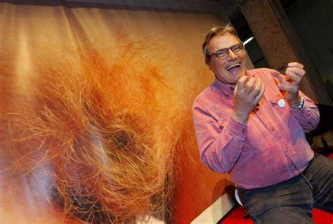 red crotch hair oliviero toscani contro grillo quot e lui il problema del