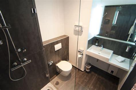 bilder im badezimmer badezimmer eine with badezimmer awesome with badezimmer