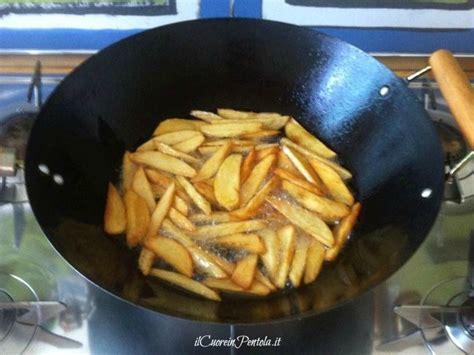 come cucinare le patate fritte patate fritte croccanti come fare le patate fritte
