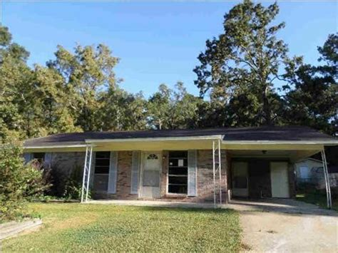 Homes For Sale In Brandon Ms by 203 Morrow St Brandon Mississippi 39042 Reo Home Details Foreclosure Homes Free Foreclosure