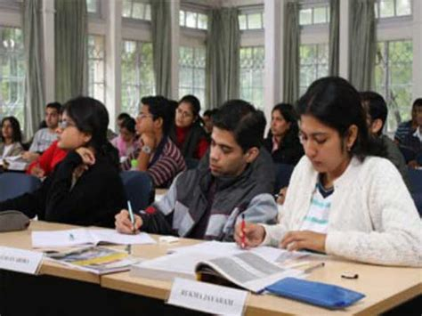 Mba Llm In India by Top 10 Colleges In India Careerindia