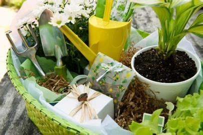 top four gardening gifts for your loved one