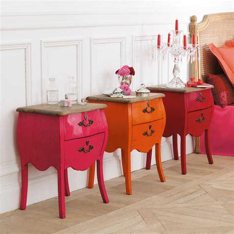 comodini colorati monicolour mobili in legno e colori