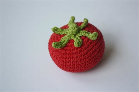 amigurumi vegetables pattern happyamigurumi amigurumi tomatoes quot play food quot or decorations