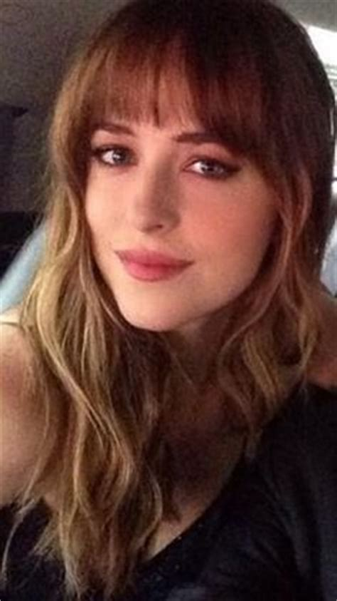 how to get bangs like dakota johnson dakota johnson as anastasia in fifty shades of grey the