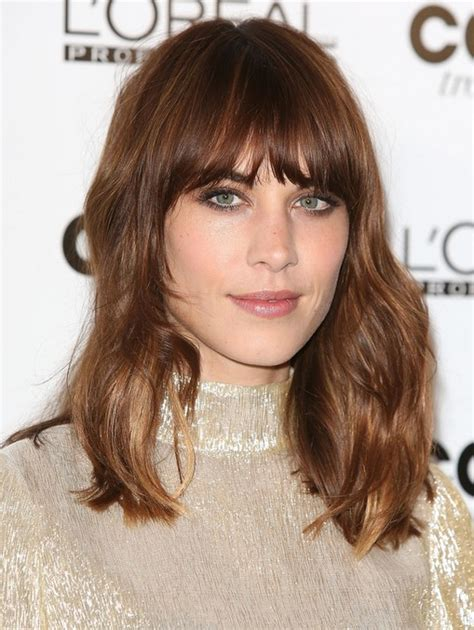 blunt hair cuts with fringe 2014 alexa chung hairstyle heavy blunt bangs popular