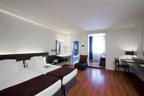 best western barcellona centro hotel premier best western barcelona ciudad barcelona