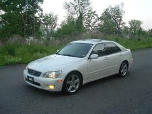 lexus is 300 white used of the 2001 at 1104 route 9w