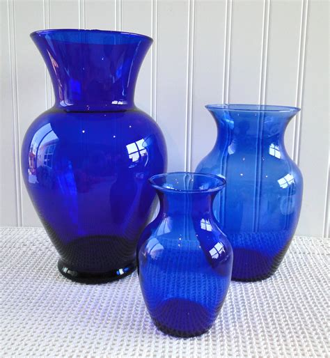 cobalt blue vases set of 3 different sizes