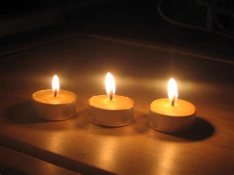imagenes de velas rojas encendidas el poder de las velas esoterismos com