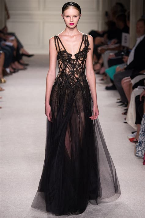 Frock Horror Of The Week Catwalk 11 by Marchesa 2016 Ready To Wear Collection Photos Vogue