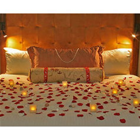 Romantic Hotel Room Decoration   FindGift.com