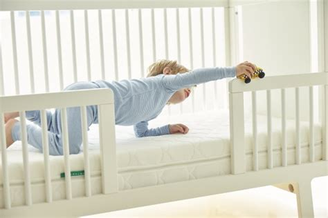 Crib Mattress Cover Sids A New Crib Mattress Could Reduce The Risk Of Sids Inc