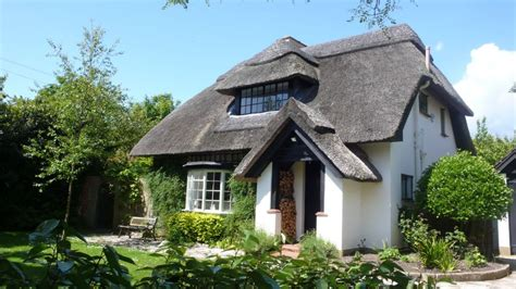 Cottages Chichester by Idyllic Thatched Cottage With Outdoor Swimm Homeaway
