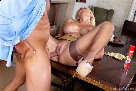 Busty Uk Blonde Jan Burton Screwing In Her Satin Six Strap Suspender Stockings