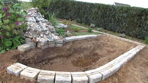 Wie Baue Ich Einen Gartenteich 2246 by Gartenteich Selber Bauen 1 Doovi