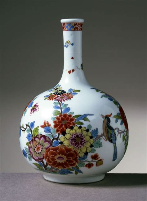 Porcelain Vase by Vase Porcelain Meissen 1730 1735 Early Meissen