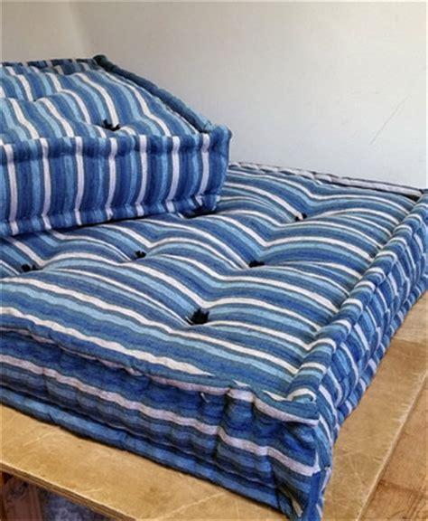 materassi per divano materassi con fodera colorata a giorno uso divano