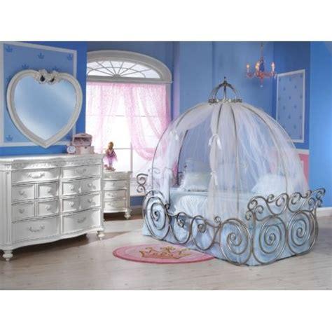 Disney Princess Bed Frame 1000 Images About Kool Rooms On Pinterest Loft
