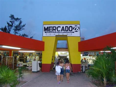 Rugs Stores Endless Tours Cancun Canc 250 N Shopping The Mercados