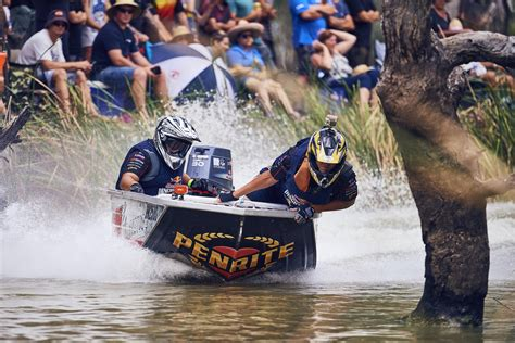 red bull dinghy derby 2017 highlights clip - Red Bull Dinghy Derby Boat